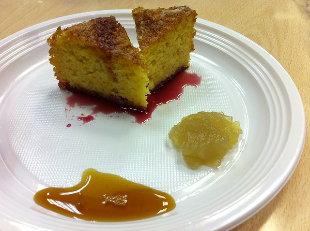 Mandarine cake in syrups of pomegranate with Malvazija jelly and reduced must