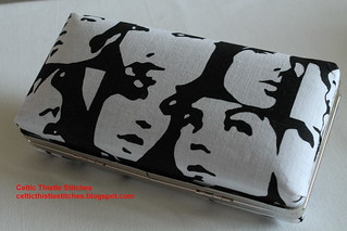 Clamshell Clutch1