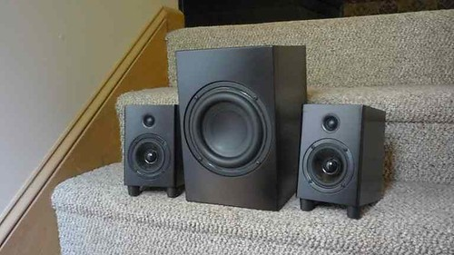 Peachy The Peds A 2 1 Speaker System For Your Desk Den Bedroom Download Free Architecture Designs Rallybritishbridgeorg