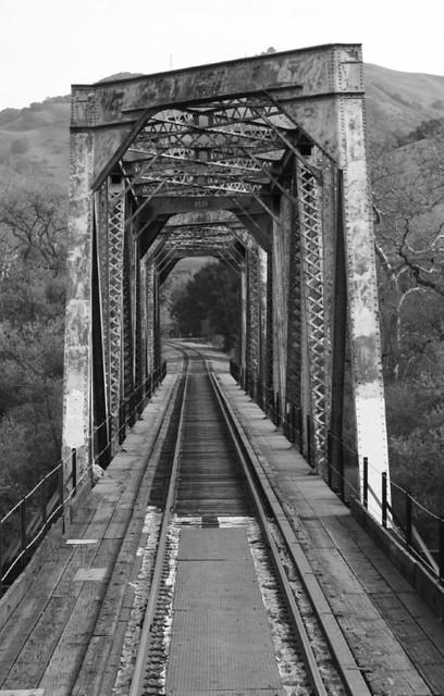 Dresser-Bridge