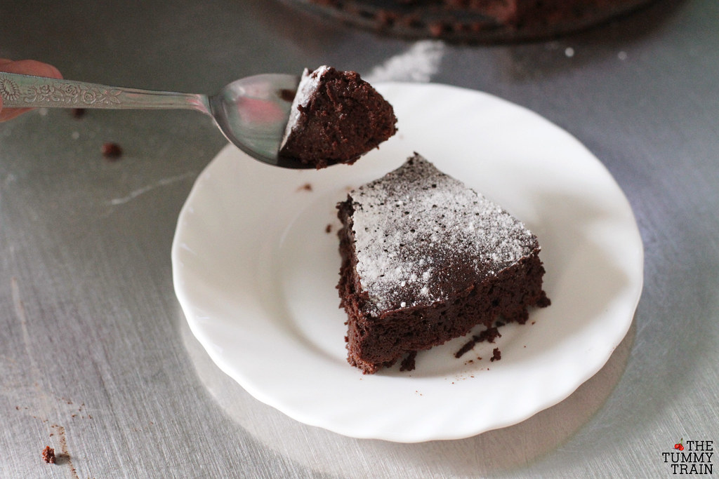 13889403813 99cbaf4c4c b - My first ever deeply dark Flourless Chocolate Cake