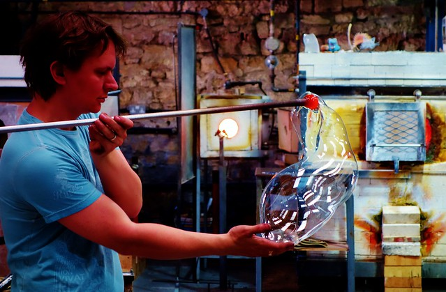 Glass blowing at Bath Aqua Theatre of Glass