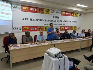 Paulinho da Força participa de debate com as Centrais sindicais