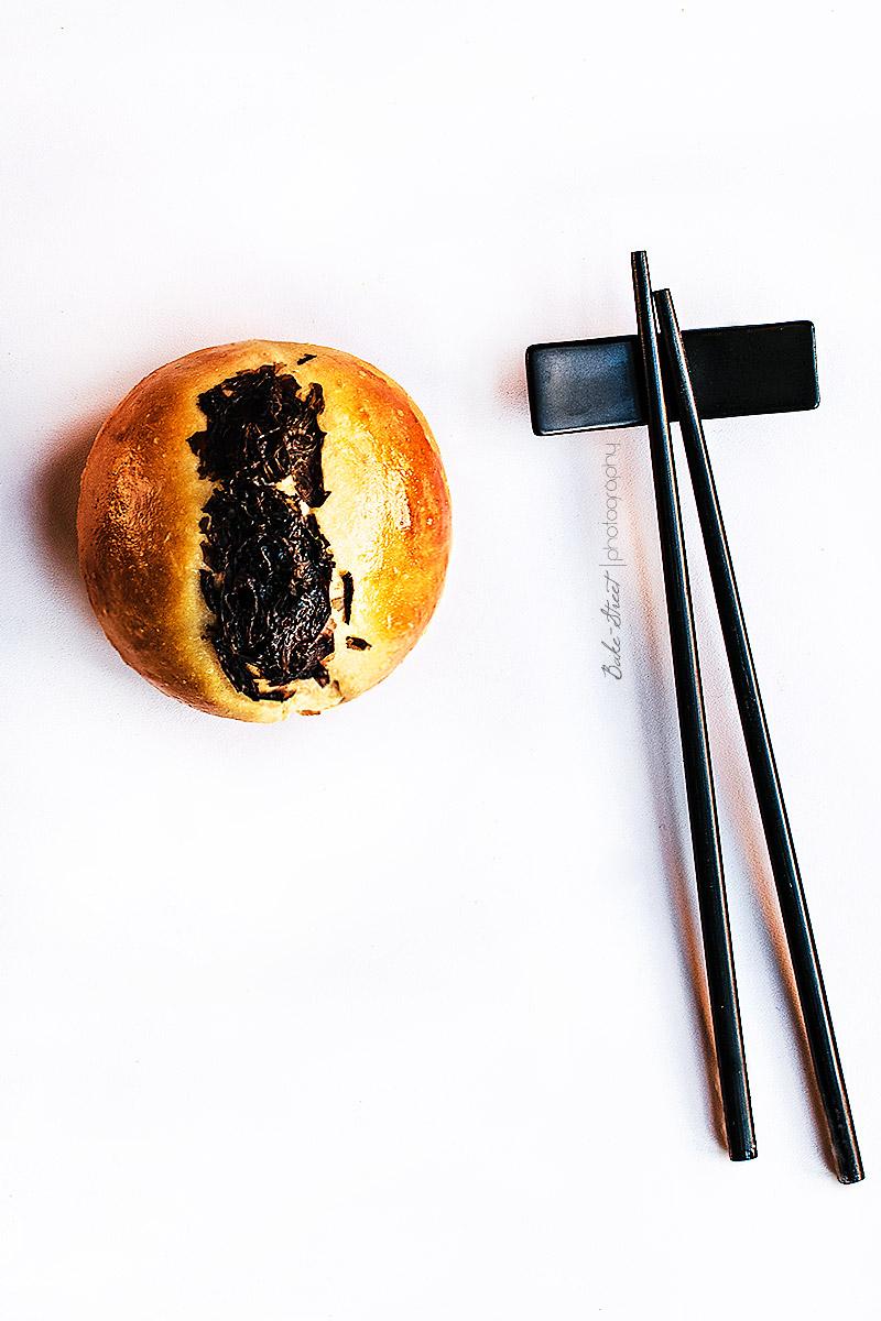 Panecillos de miso rojo y alga nori