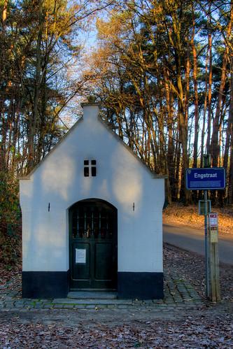 Meerhout, Kapel Onze-Lieve-Vrouw-met-de-druiventros.
