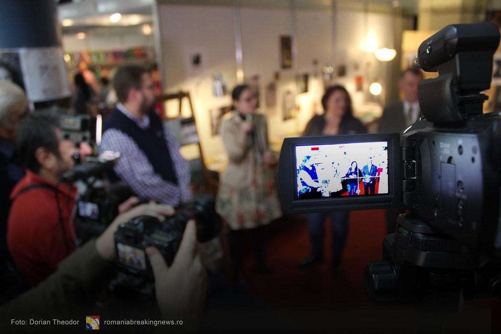 Lansare_de_Carte_FARA_INCHISOARE_AS_FI_FOST_NIMIC_Bucuresti_19-11-2016_romaniabreakingnews-ro (31)