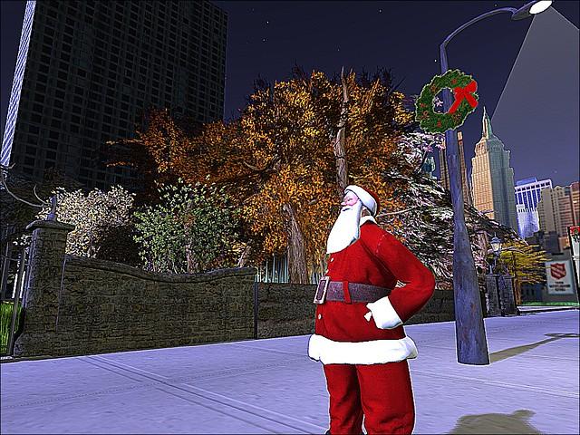 Macy's Thanksgiving Day Parade - Santa Walks It Off