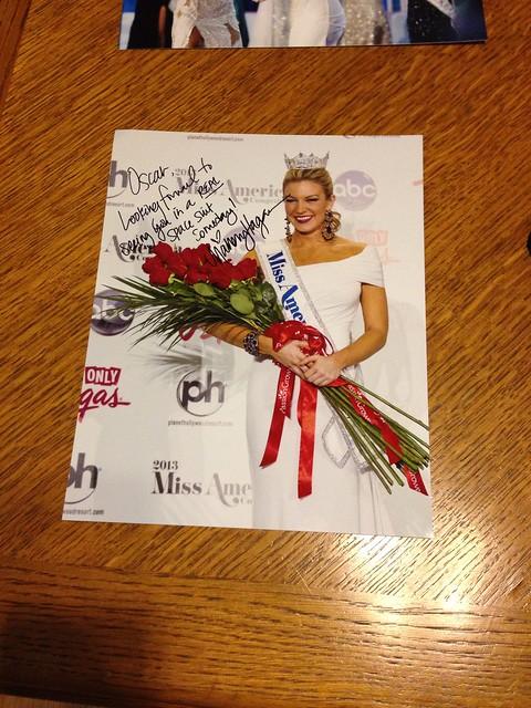 Miss America Mallory Hagan Signed pics