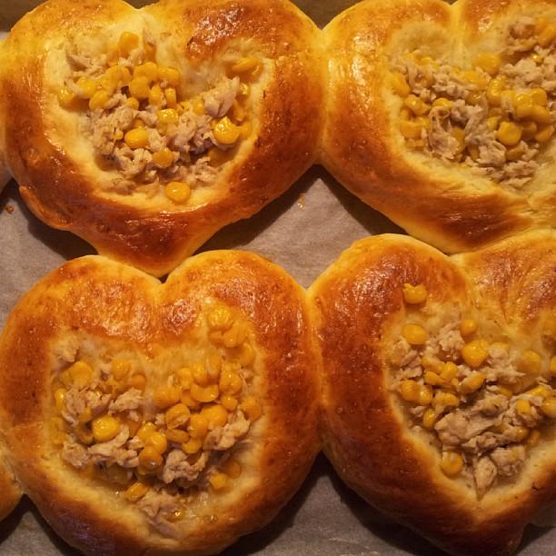 20130911 親愛的鮪魚玉米麵包出爐!