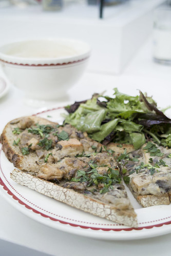 Creamy Mushroom Open Face Sandwiches with Roasted Chiken, Caramelized Onion and Mushroom Sauce, La Boulange du Dome, Westfield San Francisco Centre