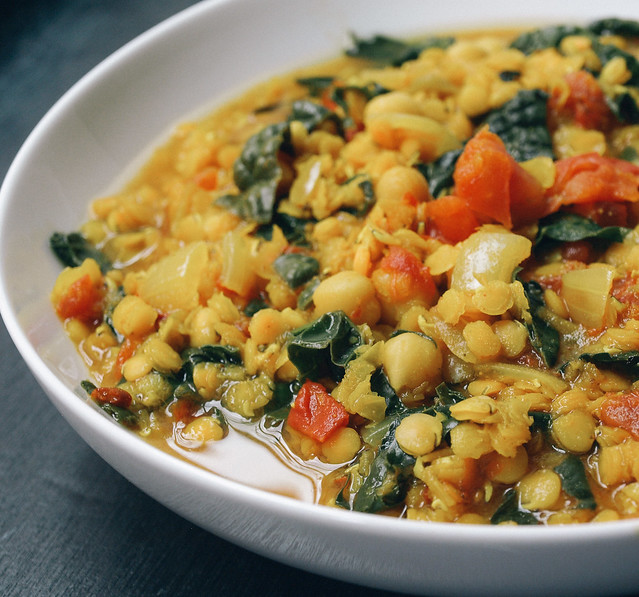 THE SIMPLE VEGANISTA: Curry Red Lentil Stew with Kale & Chickpeas