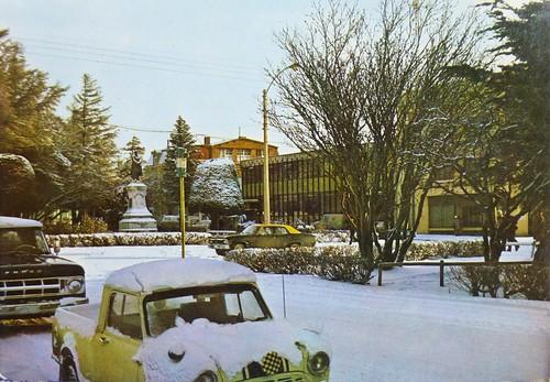 Postales de Chile - Monumento a Waldo Seguel, Punta Arenas (Litografía Moderna)