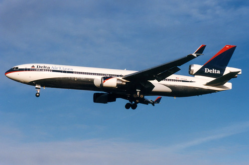 Delta Air Lines, McDonnell Douglas MD-11, N809DE, London Gatwick