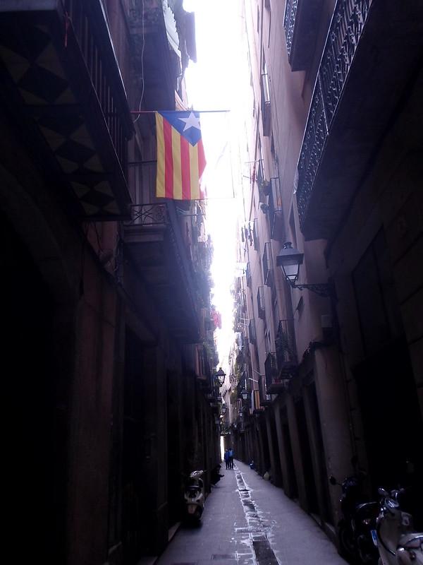 Quiet street in Gotico