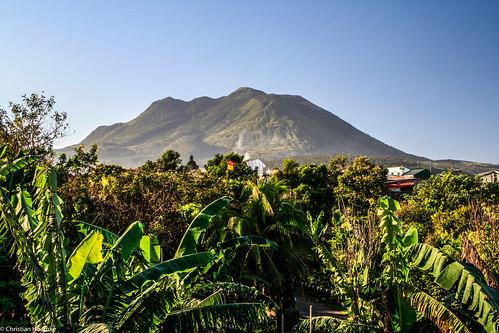 volcano philippines laguna quezon liliw banahaw calabarzon