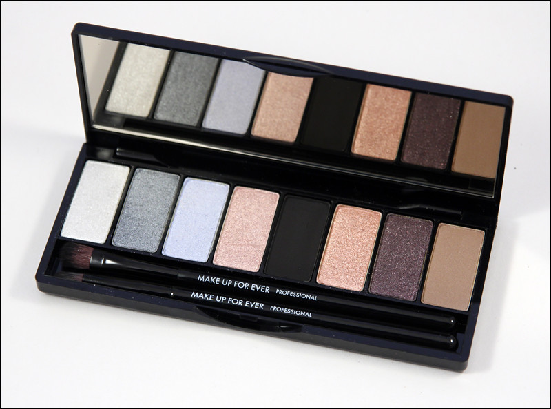Make up for ever Midnight glow 8 eye shadow palette1