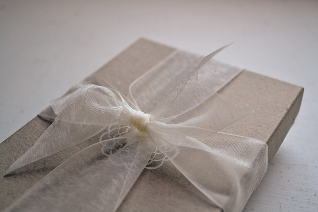 cardiclips packaging outside box with bow