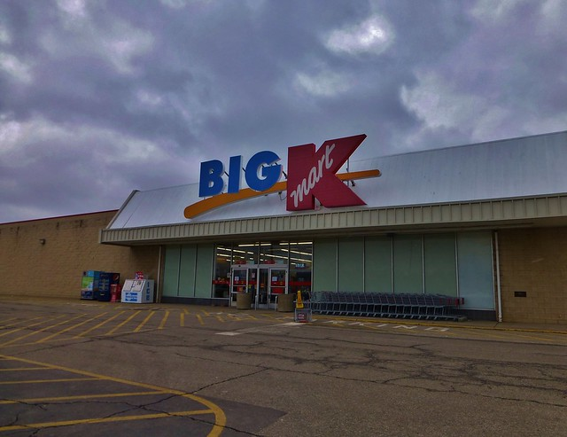 Trendy big & tall clothing for all types of events. You no longer have to choose between something looking great and being comfortable to wear. Kmart offers an amazing range of big and tall clothing that includes pieces for all kinds of occasions.