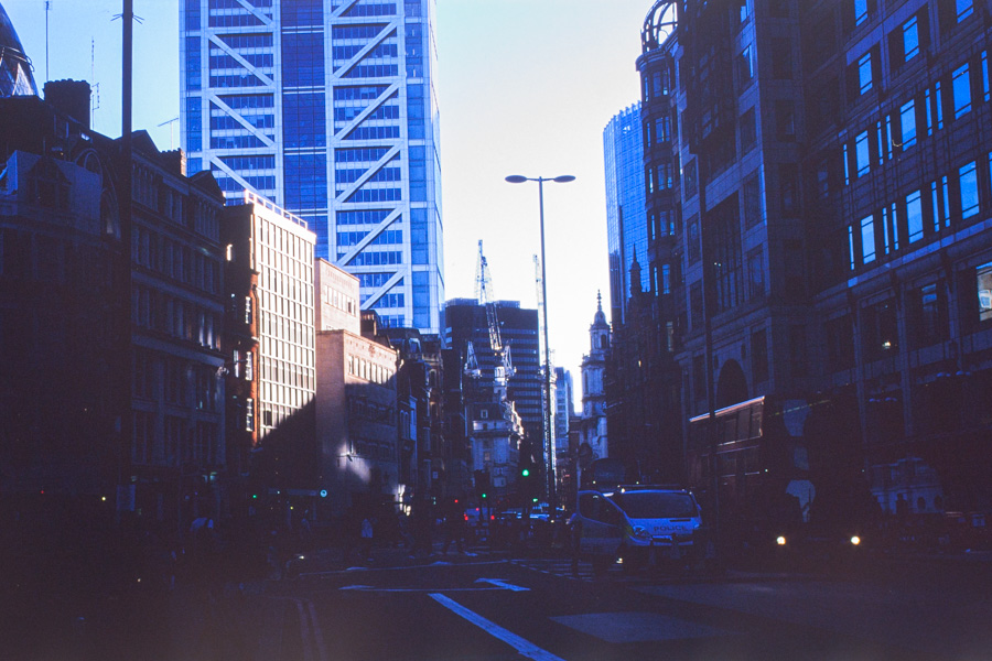 Analogt-London_14w-17