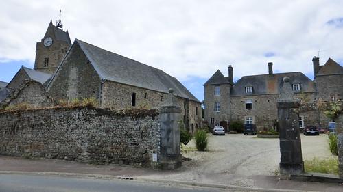 160 L'ancien prieuré bénédictin de Saint-Germain-sur-Ay