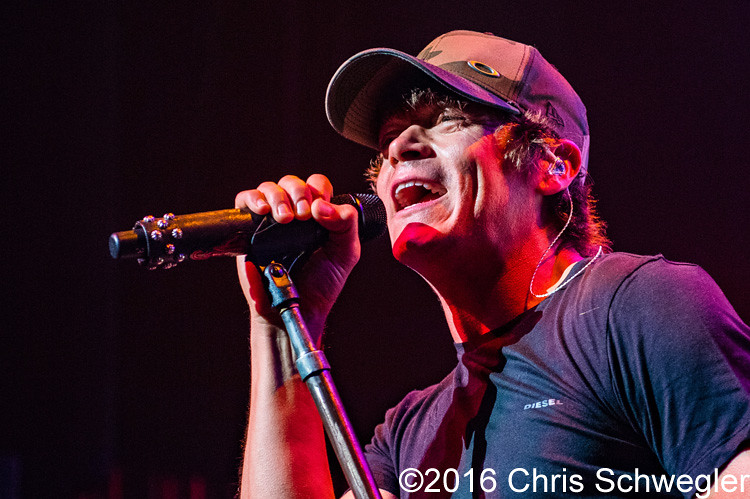 3 Doors Down @ The Fillmore Detroit MI - 10-05-16 & Photos of 3 Doors Down from October 5th 2016 at The Fillmore in ...