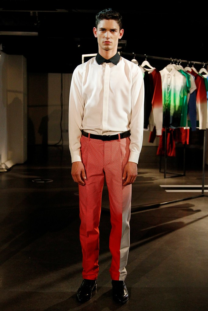 SS14 London Jonathan Saunders051_Arthur Gosse(VOGUE)