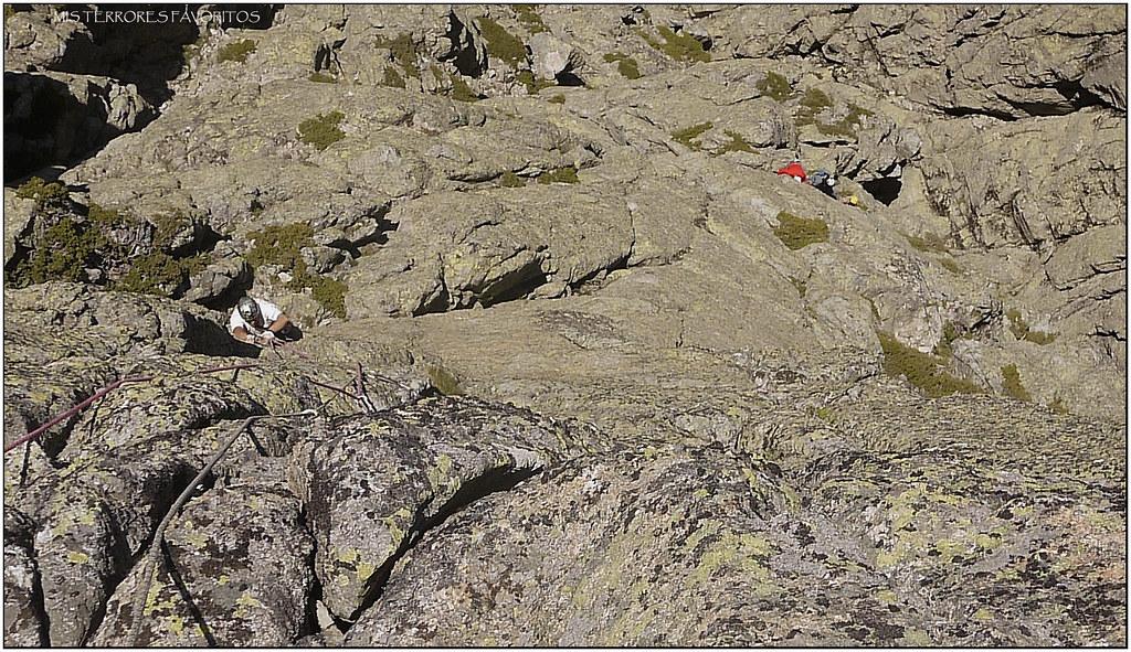 GALAYOS - TORRE ROSBLANC - VÍA ENCANTOS DE MUJER 190 m 6b