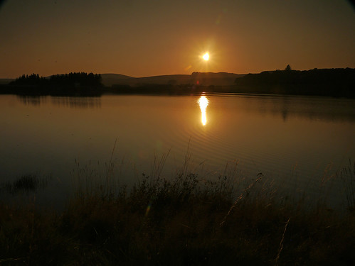 uk lake scotland dam hill reservoir vista does tarn mere mid dumfries galloway waterbeck dumfriesshire haggy winterhope