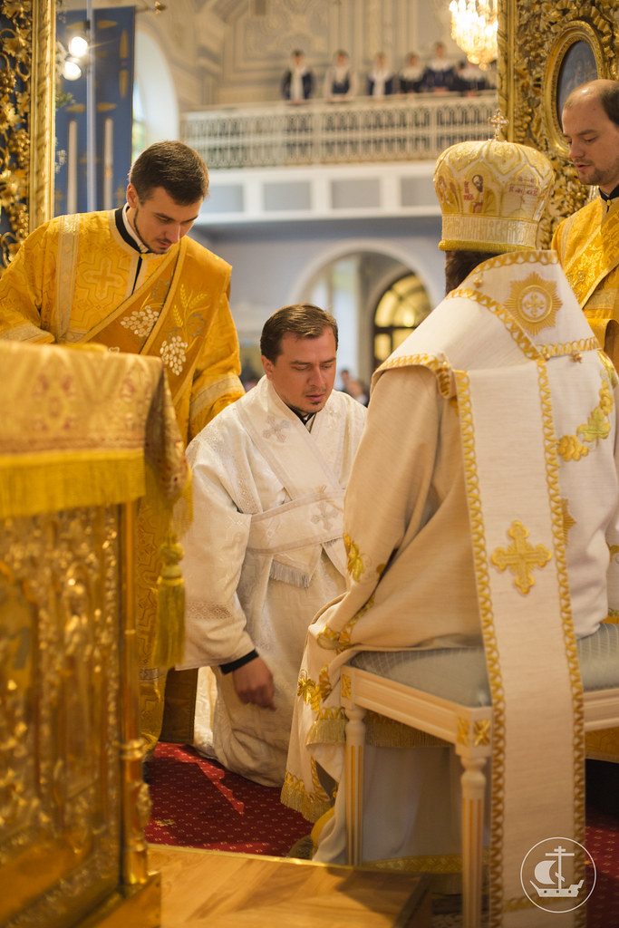 12/13 октября 2013, Богослужения в Неделю 16-ю по Пятидесятнице