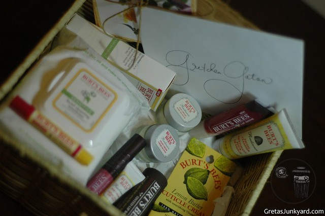 a lippy review of burt's bees philippines