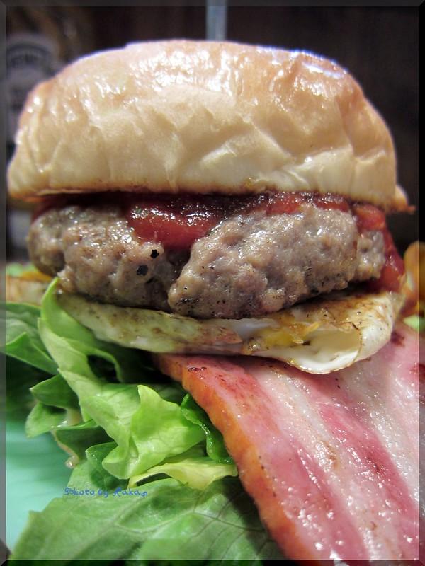 Photo:2013-02-12_ハンバーガーログブック_【熊本】Reef Burger オーナー夫妻でやっている家庭的なのにアメリカンな店-01 By:logtaka