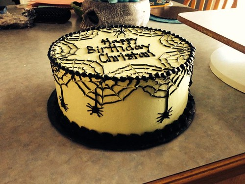Spiderwebs Cake 1-1