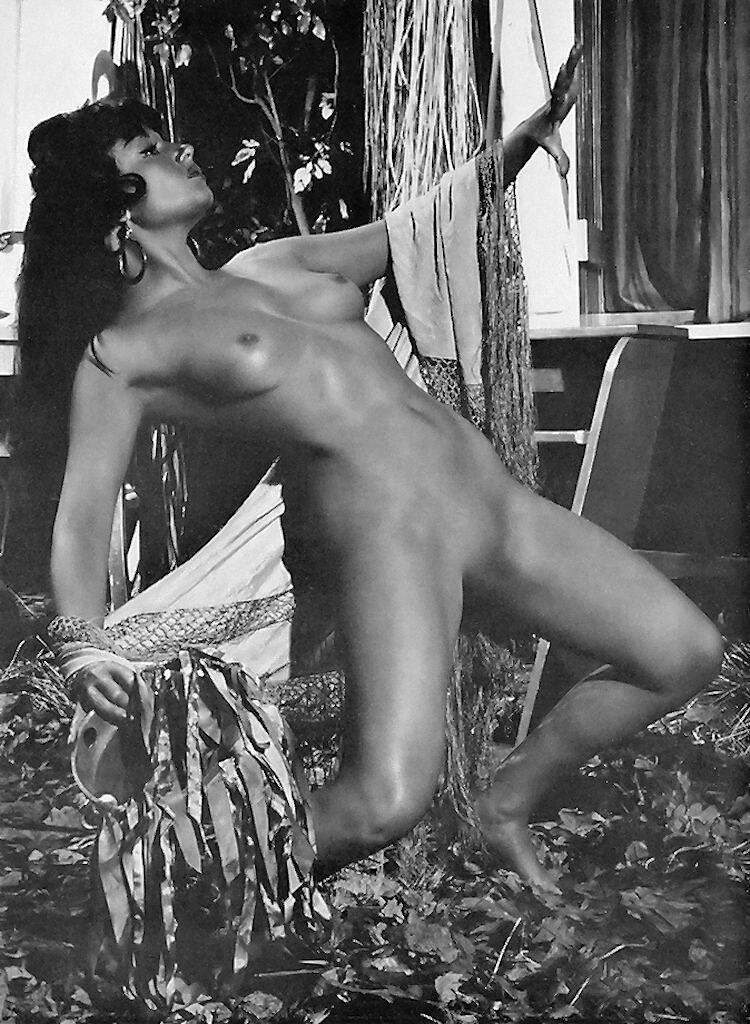 Pamela green nude video porno free