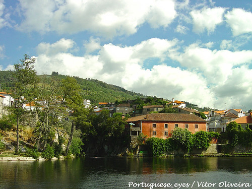 portugal geotagged avô geo:lat=402941466305087 geo:lon=7905741333961487