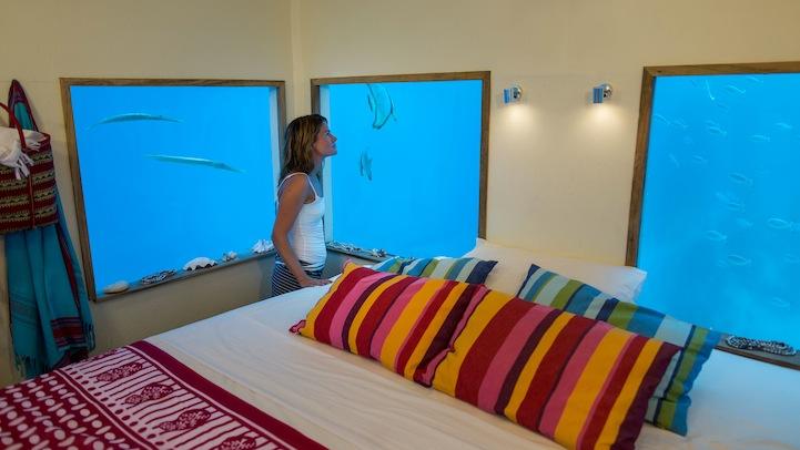 the-manta-resort-underwater-hotel-5