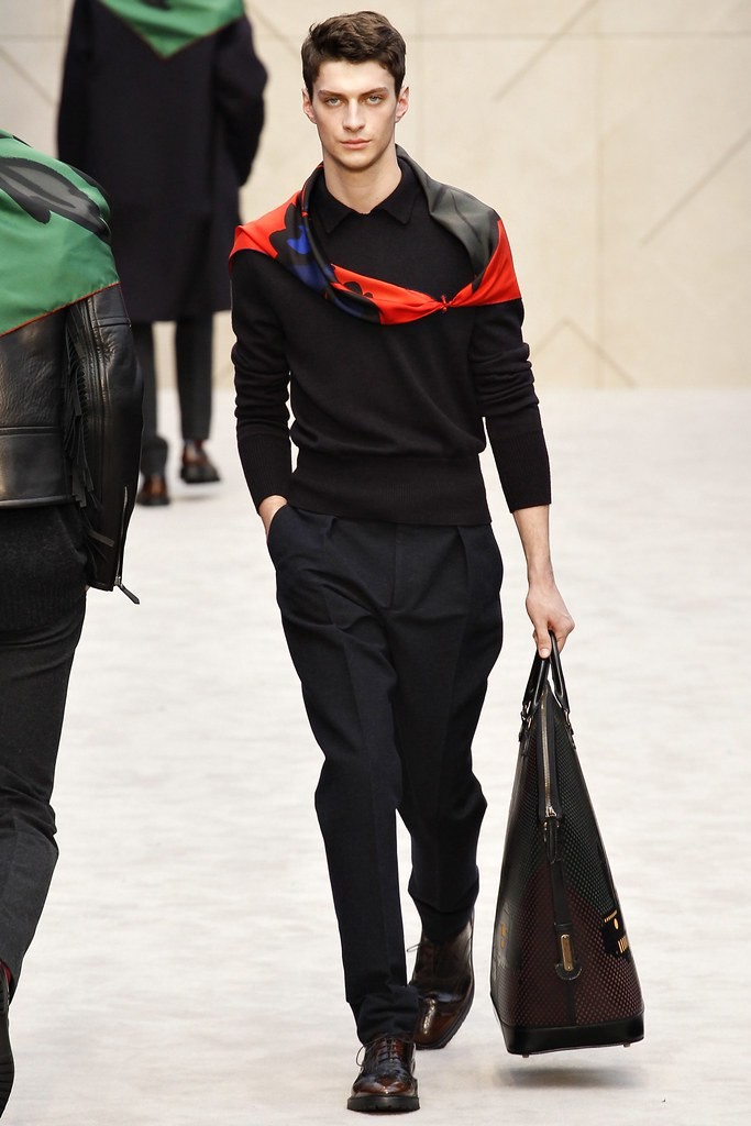 FW14 London Burberry Prorsum022_Matthew Bell(VOGUE)