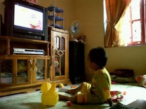 Banyak Nonton TV Rusak Otak Anak