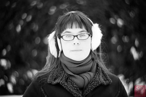 Sara • quick Petzval Lens test