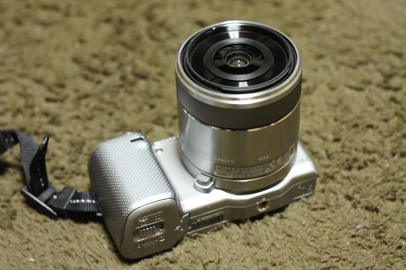 NEX-5N E 30mm F3.5 Macro SEL30M35