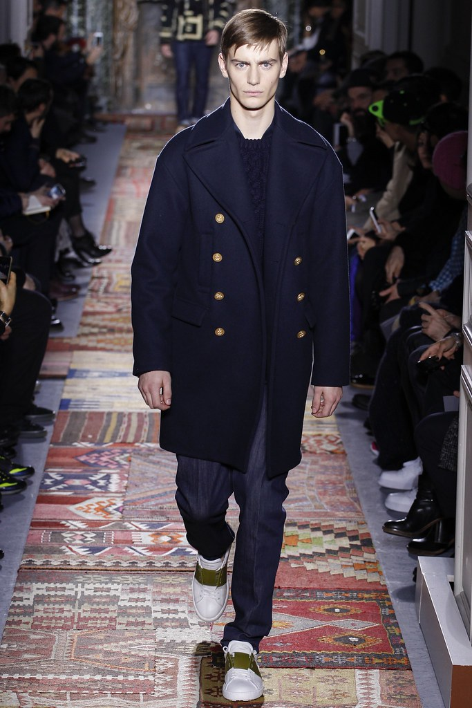 FW14 Paris Valentino031_Ben Allen(VOGUE)