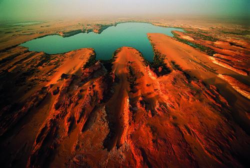 africa lake water outdoors chad aerialview nobody landforms naturalworld viewfromabove centralafrica borkouenneditibestiregion ouniangakebir
