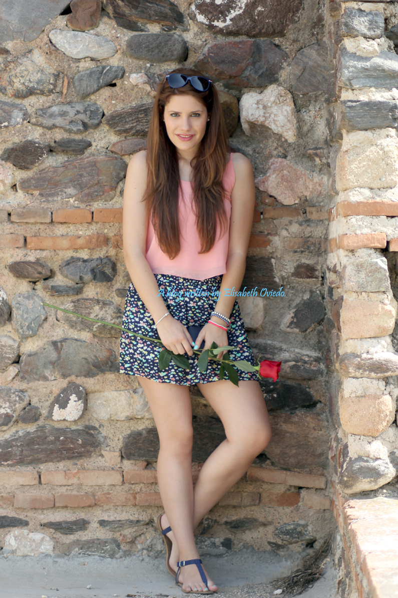 falda-Oasap-y-top-rosa-flúor---HEELSANDROSES-(1)