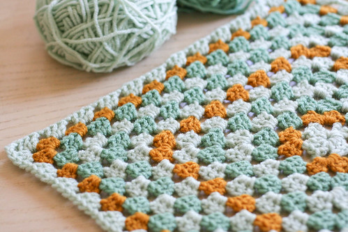 granny square blanket (in progress!) | yourwishcake.com