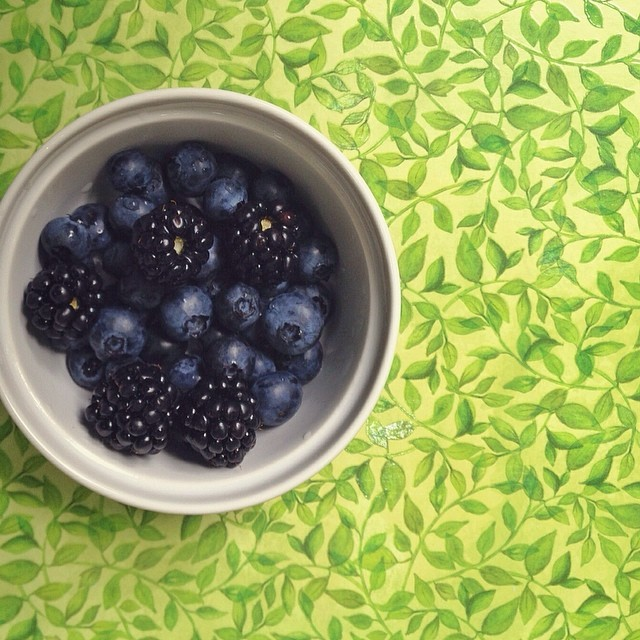 iphone blueberries