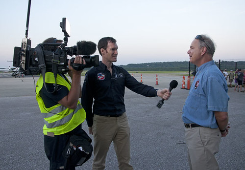 Photo of Stephen Wright interviewed by Solar Impulse media team