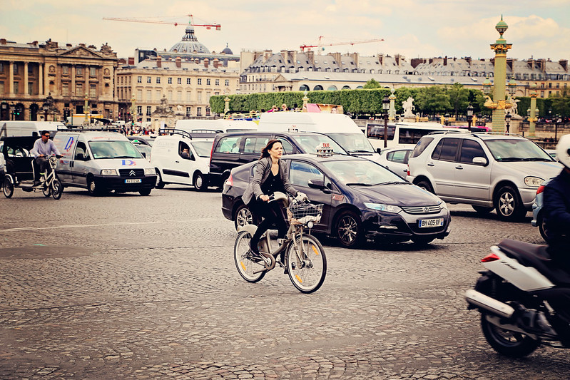 Bicyclist at the Place de la Concorde