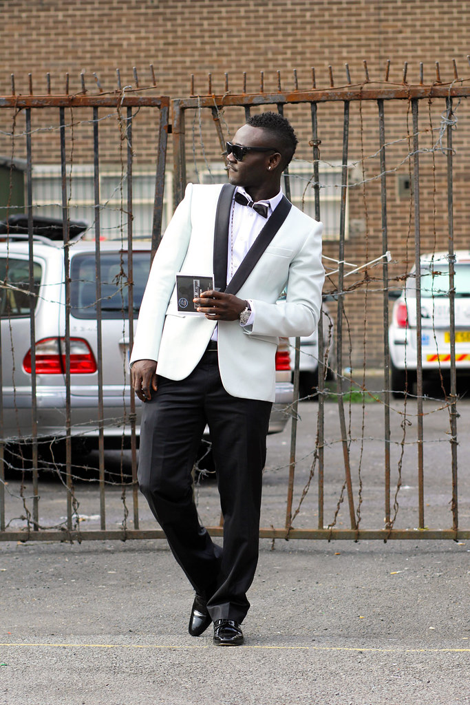 men's tux, men's tuxedo blazer, men's white blazer, men's white tuxedo blazer, mens white blazer,how to wear a tuxedo, tuxedo blazer, tuxedo with a bow tie, tux blazer, tux blazer, men's white blazer