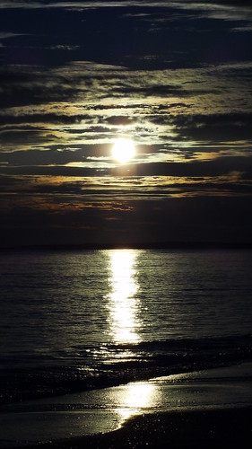 sunset sun beach sand florida cloudy mexicobeach floridasunset floridaclouds digitalmoceancom digitalmocean