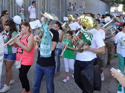 Real Betis inchada marching in