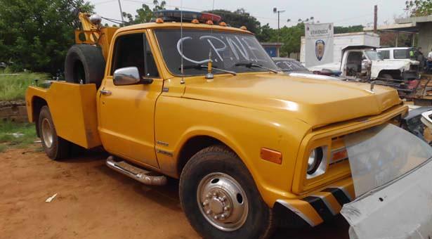 Vehículo recuperado por la PNB